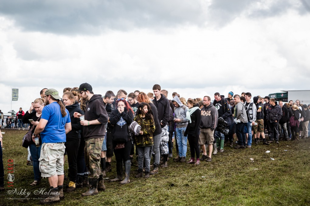 Wacken_2015-queue